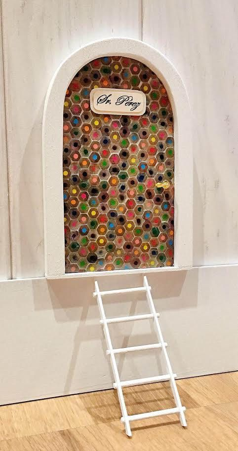 Nueva puerta del ratoncito Pérez hecha a mano multicolor! de ColorfulWoodStore en Etsy