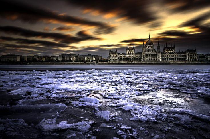 Na kérem, ennél szebben nehéz lesz bemutatni a fagyott Dunát | Az online férfimagazin