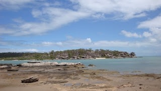 Bartalumba Bay