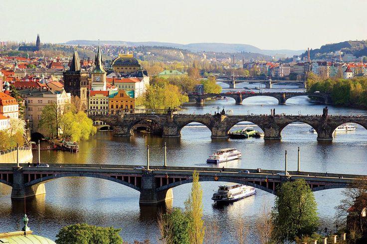 Praga ♥ : WOW ... Beautiful City ... Cogratulations Diablo on this Board ... Quite Exquisite ...