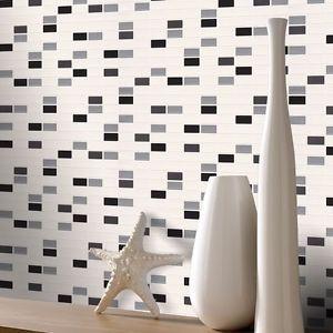 17 mejores ideas sobre papel tapiz del peque o ba o en for Papel de pared para bano