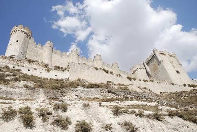 Some of the most beautiful castles in Spain - Castillo de Peñafiel, Valladolid, Castilla y León