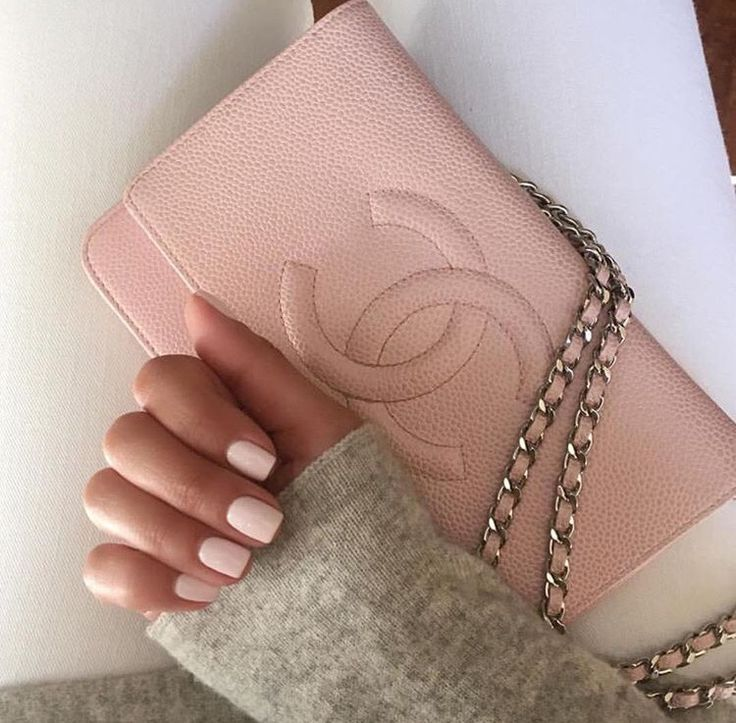 pink nails and a matching pink Chanel bag