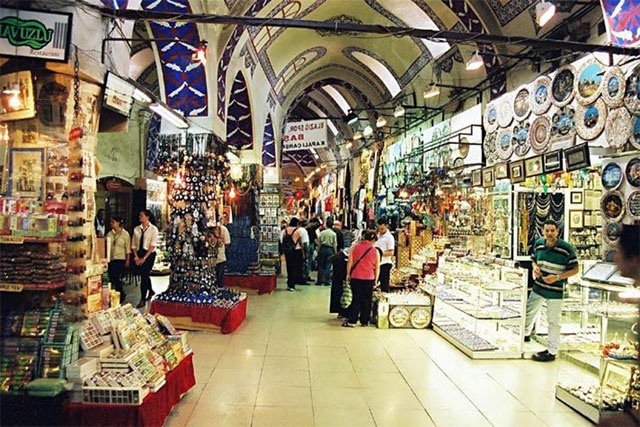 Worlds 1st Shopping Mall-Covered Bazaar- Istanbul, Turkey