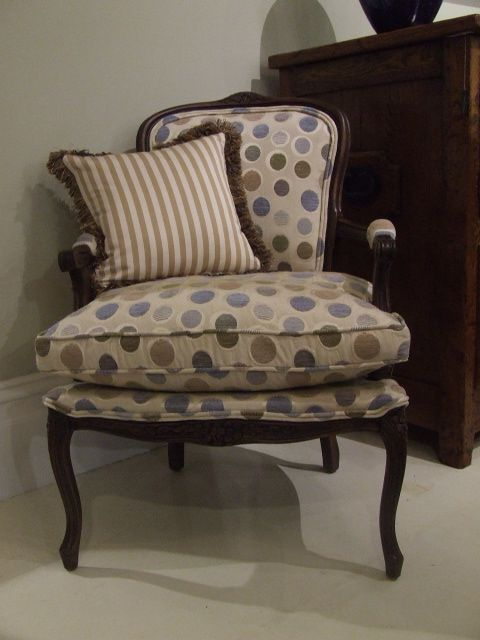 Louis XV Side Chair - Natural Finish - In 'Astro'