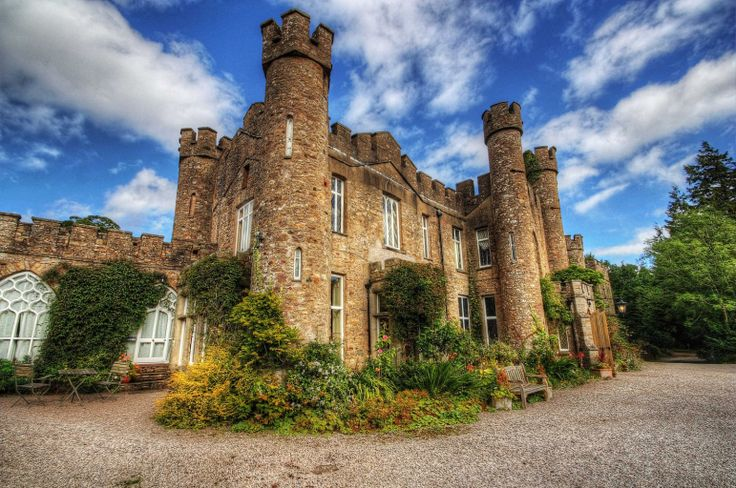 http://www.travelhunch.com/2014/09/perfect-wedding-location-fairy-tale-castle-10631/