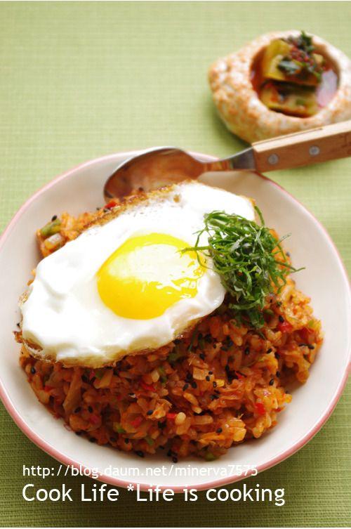 세상에서 가장 쉬운 요리 - 참치 김치 볶음밥