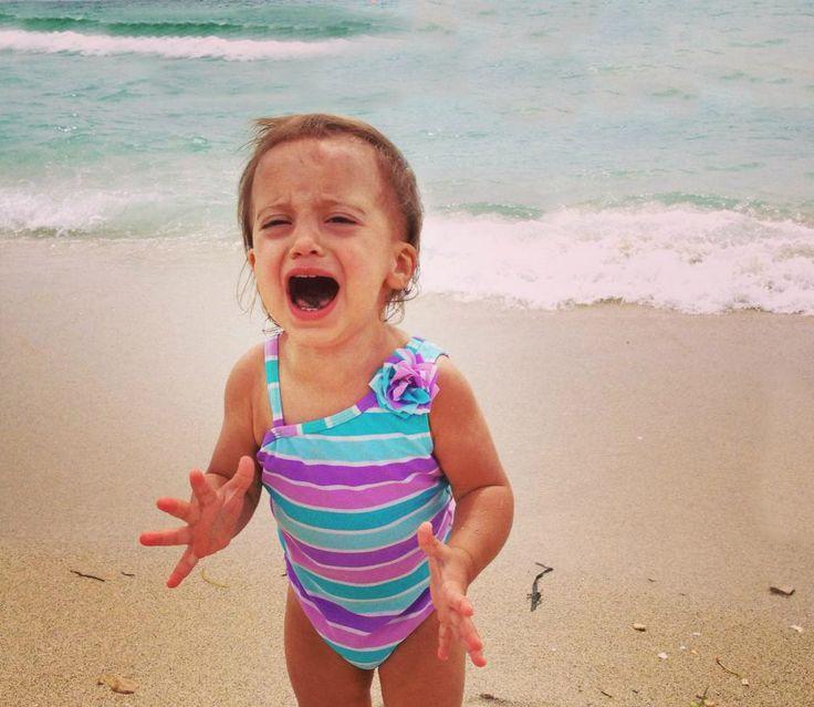 Bimbi e Meduse #meduse #bambini #mare http://www.lenuovemamme.it/bimbi-meduse-e-altre-piccole-paure-da-spiaggia/