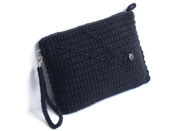 Clutch negro de ganchillo / SILAYAYA - Artesanio