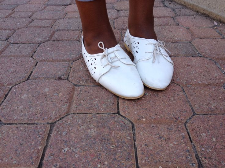 White brogues paired with white laces for the ultimate classic look #SAStreet