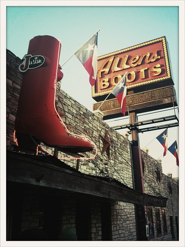 Allens Boots sign in Austin