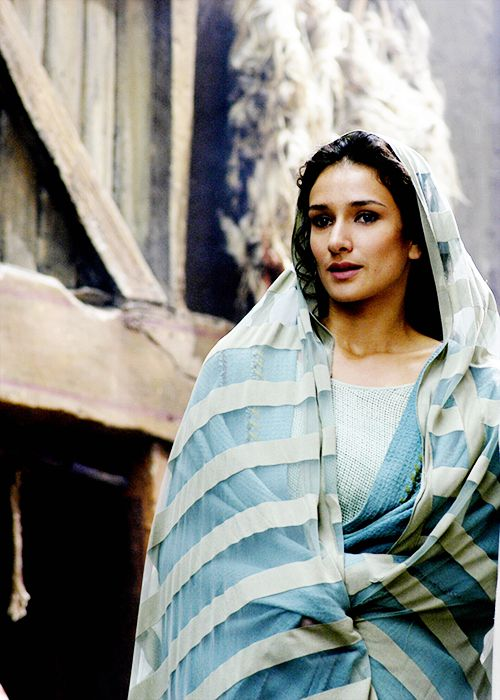 Niobe - Indira Varma in Rome, set between 49 BC and 31 BC (TV series 2005-2007).