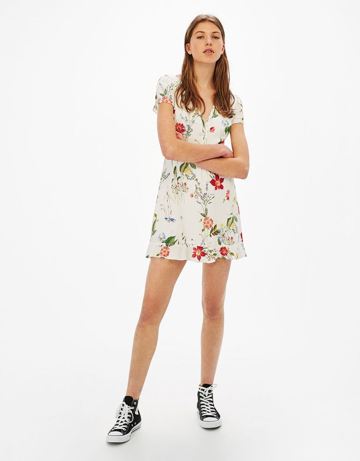 Strappy ruffled dress with a floral print - New - Bershka Spain