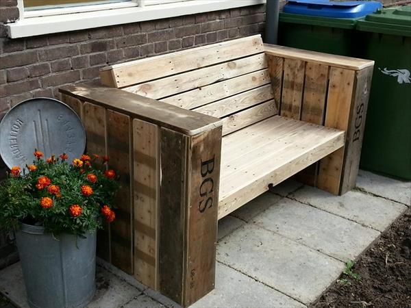 Outdoor Pallet Bench | 99 Pallets