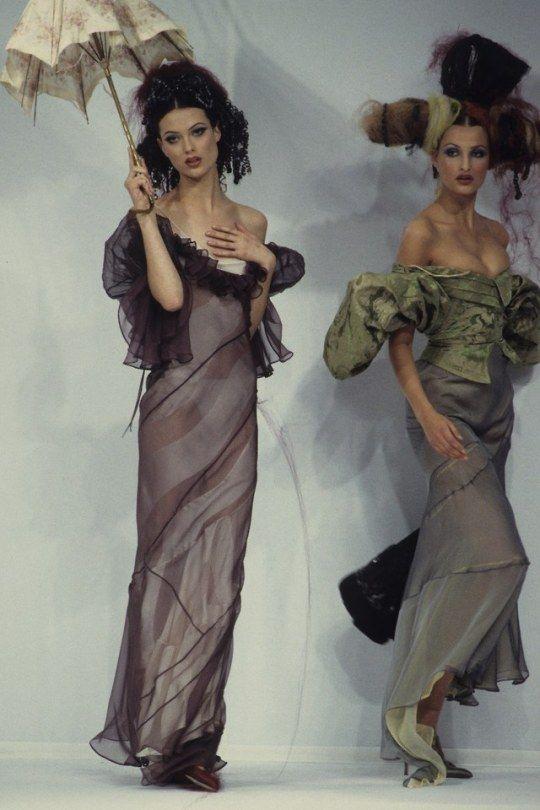 John Galliano S/S 1993 Models Shalom Harlow  Tereza Maxova