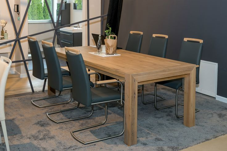 If you prefer a modern diningroom, you may want deeper, more dramatic shades of grey. Team them with wooden table, metal and glass for an industrial edge. #KloseFurniture #diningroom