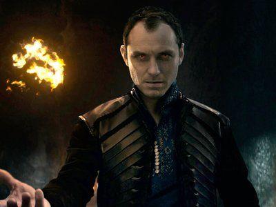 'Rey Arturo: La leyenda de Excalibur', teaser tráiler y nuevo póster del reboot de Guy Ritchie