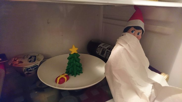 Elf on the Shelf Day 19: Elfie finds the Christmas cake decorations