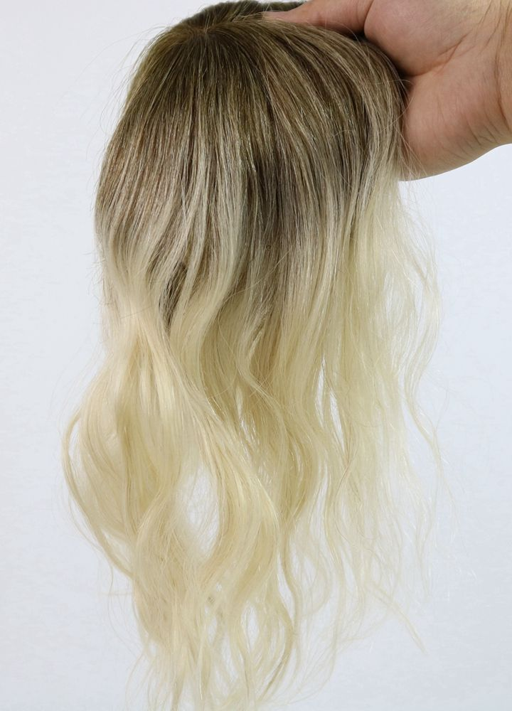 Mixed Blonde Color With Lowlights Hair Topper How To Deal With