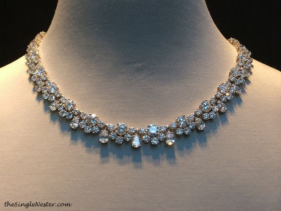 harry winston diamond wreath necklace – Google Search