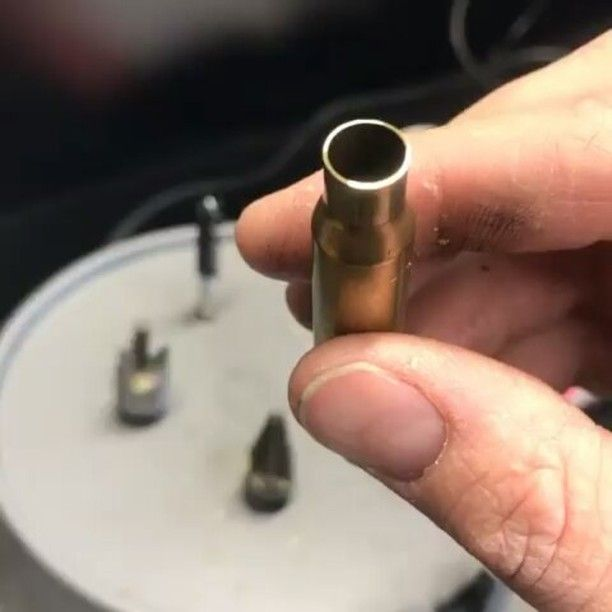 Jamming out down in the reloading reloading bunker. I find it much easier to keep and even flow with some music in the background. Also look at that brass. Pristine! @the_copper_pill #reloading #brass #shiney #goodasnew #lyman #caseprep #bullets #308 #762 #winchester #bulletsmiths #repetition #sublime #santeria #chillin #gowithflow #army #reloadingbench #bunker #guns #gunaddict #shoot #glock #scar17 #onpoint #veteran