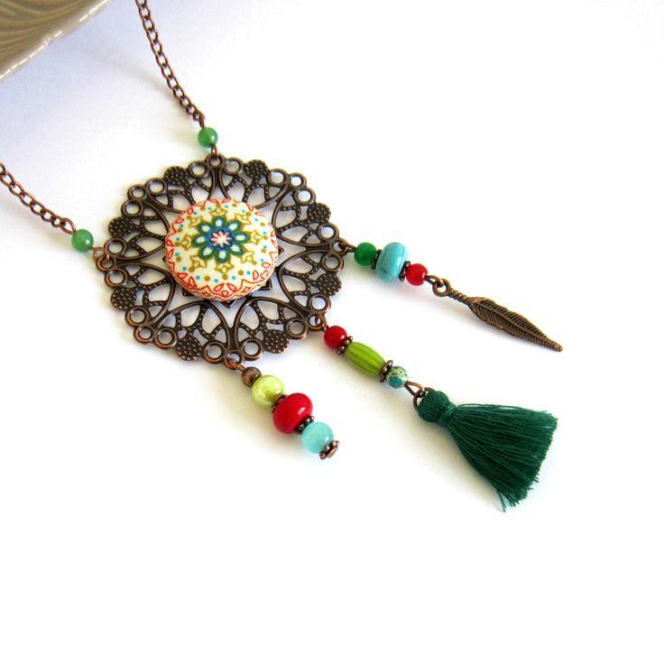 Sautoir gypsy bohème cuivre et multicolore, cabochon mandala tissu, plume, pompon fait main : Collier par color-life-bijoux