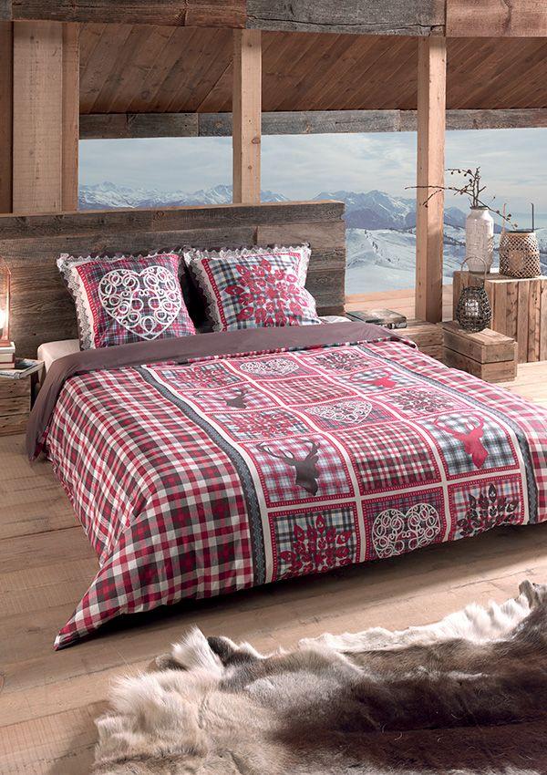 Parure de lit HOLMA.  100% coton - 57 fils/cm2 Avec rabat au pied pour border Taie d'oreiller à volant 63 x 63 cm