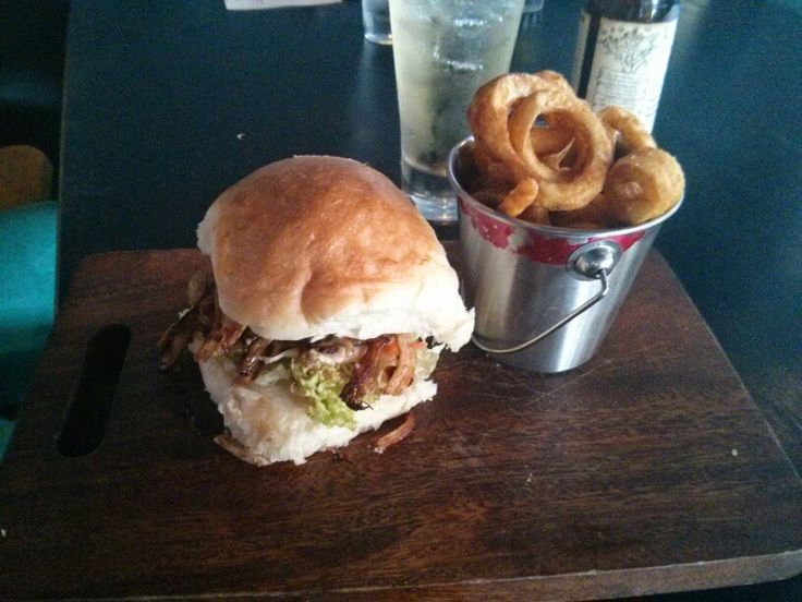 Percy's in Orange - pulled pork burger with curly fries