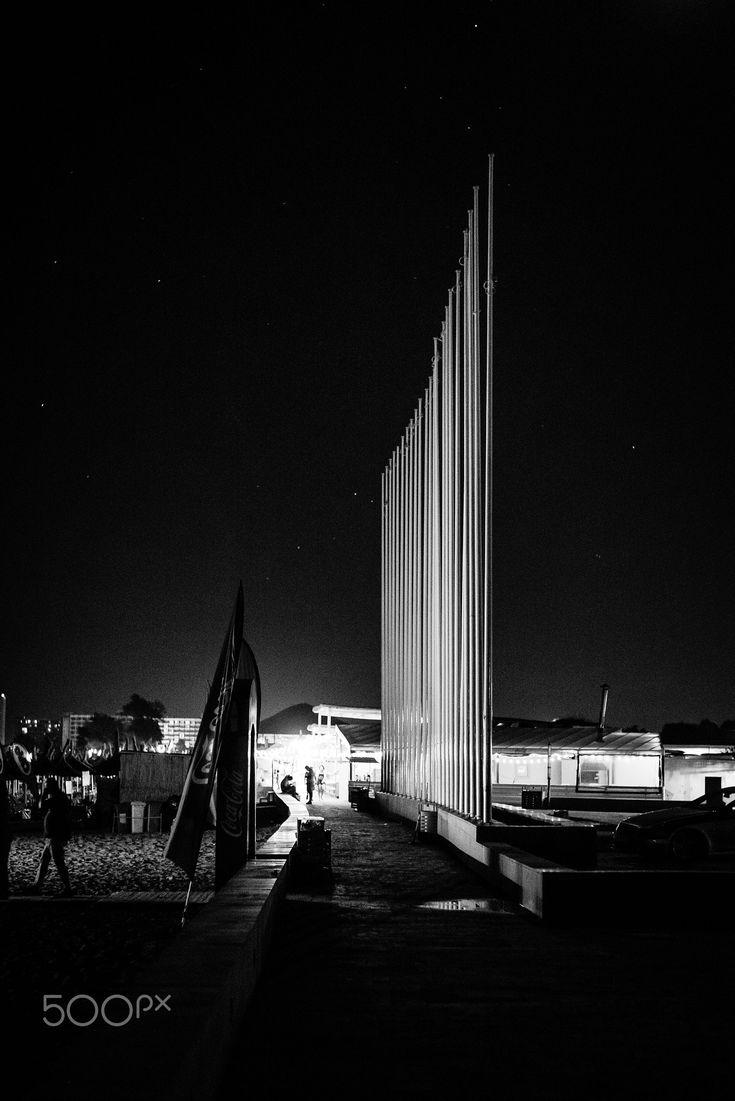 Neptun at night - Foto: Ewald Gruescu | https://fb.com/ewald1991