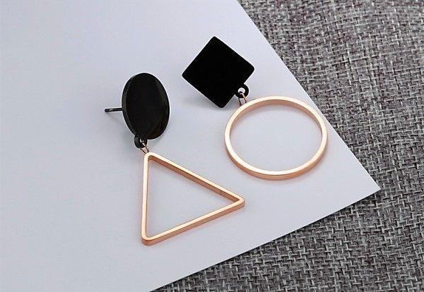 ++Absolut Trendy + Damen Ohrringe aus Edelstahl+Titan beschichtet+7,1 g++