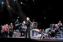 NEIL DIAMOND Concert Photos - The Essential Greatest Hits Tour - Philips Arena, Atlanta, GA, USA 26 October 2005