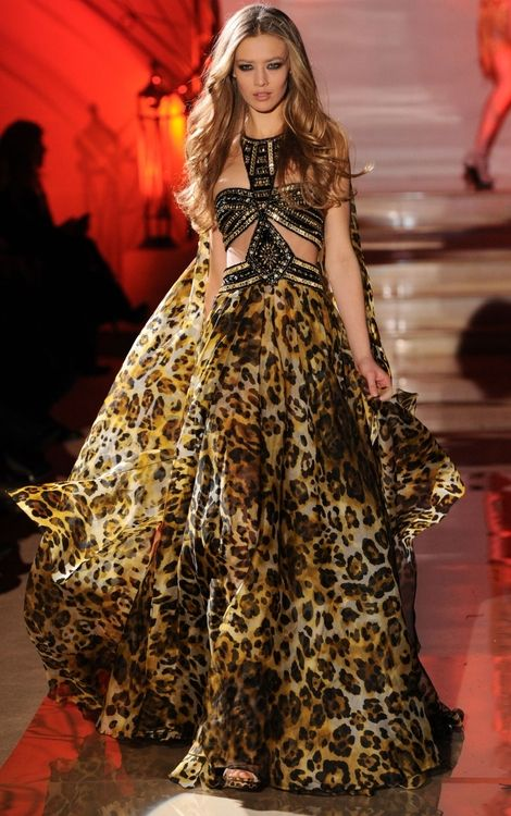 Zuhair murad haute couture flowing fashions for Haute couture pronounce
