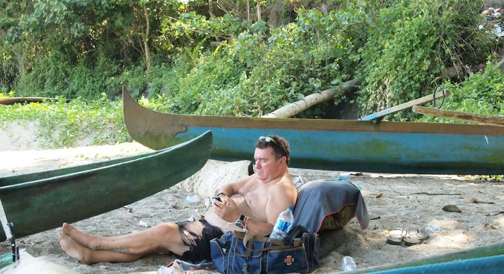 Enam Kategori Turis yang Sering Ditemui di Bali  Ketika memutuskan untuk traveling, kita akan menjumpai banyak orang dari berbagai negara. Traveling ternyata juga dapat membuka wawasan Teman Pejalan untuk mengenal lebih jauh karakteristik dari para pejalan lintas dunia. Pulau Bali menjadi salah satu destinasi wisata yang dipenuhi traveler yang dari seluruh dunia.