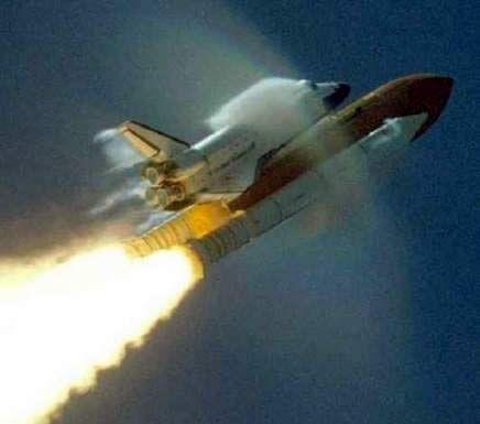 Rodolfo Neri Vela fue el primer astronauta en la historia de México y el segundo de latinoamérica. Tripuló el Transbordador Espacial Atlantis durante la Misión STS-61-B del 26 de noviembre al 3 de diciembre de 1985.Primer Astronauta Mexicano de Agencia Es by cosme007mty, via Flickr