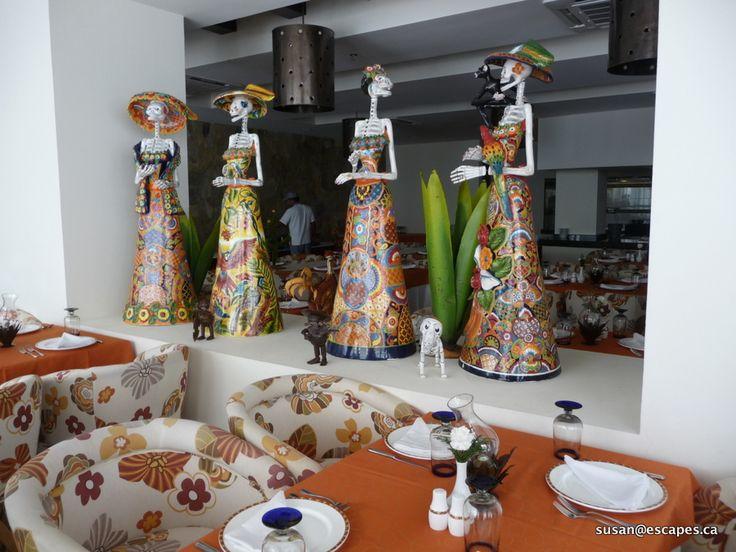 Secrets Huatulco, dining