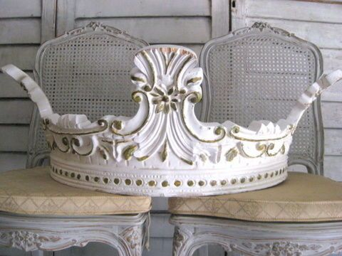 Bed couronne would be lovely above a french bed