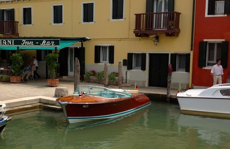 Torcello, Locanda Cipriani by boat