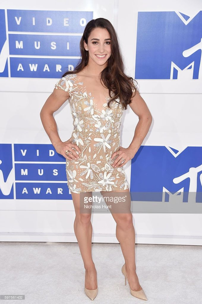 News Photo : Olympic gymnast Aly Raisman attends the 2016 MTV...