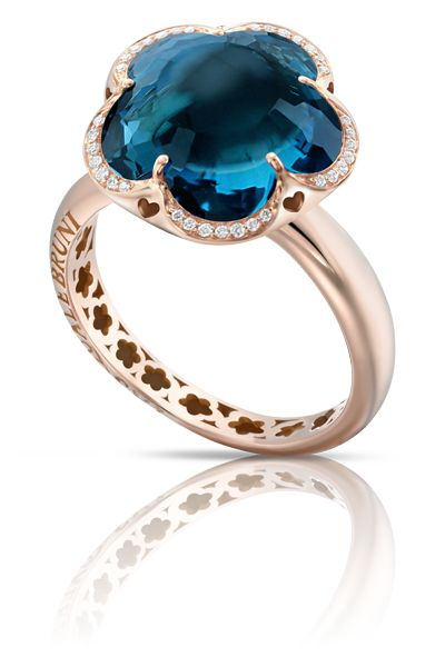 Pasquale Bruni - Rose gold ring with blue london topaz and diamonds