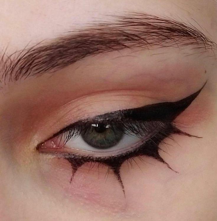 Makeup Eye Looks, Eye Makeup Art, No Eyeliner Makeup, Pretty Makeup, Makeup Inspo, Makeup Inspiration, Eyeliner Ideas, Emo Eyeliner, Eyeliner Designs