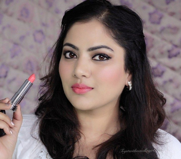 Maybelline Color Sensational Vivid Matte Lipstick Vivid 9 Review,maybelline Lipstick review, maybelline vivid 9 lipstick fotd