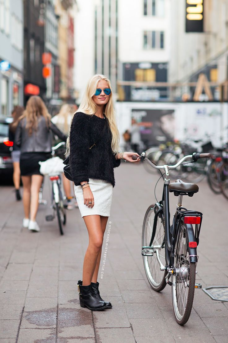 ester street style black and white