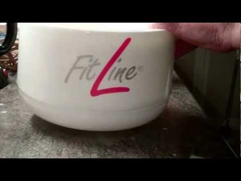 Lär dig att laga egen yoghurt med massor av nyttigheter som gör att magen sköter sig som en klocka. Se hela videon på http://youtu.be/DFlJsFggMoI