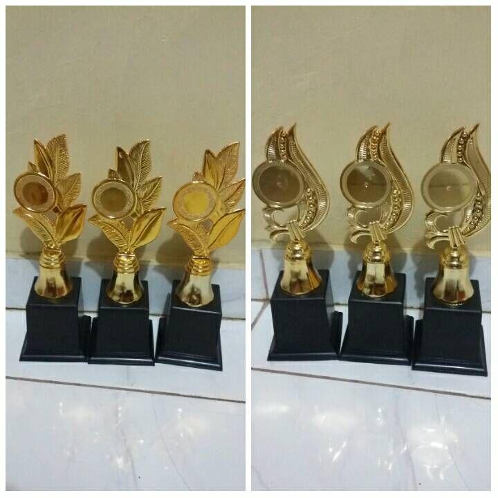 Grosir piala,piala murah,produksi piala, piala,jual piala,Jual Piala Batam, Toko Piala Murah Batam, Harga Piala Batam, Jual Piala Batam, Jual Trophy Batam, Harga Trophy Batam, Piala Murah Batam, Trophy Murah