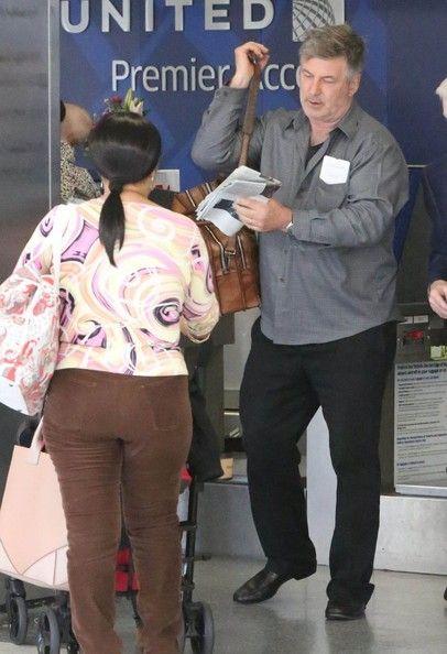 Alec Baldwin Hilaria Baldwin Photos: Alec Baldwin & Family Departing On A Flight At LAX