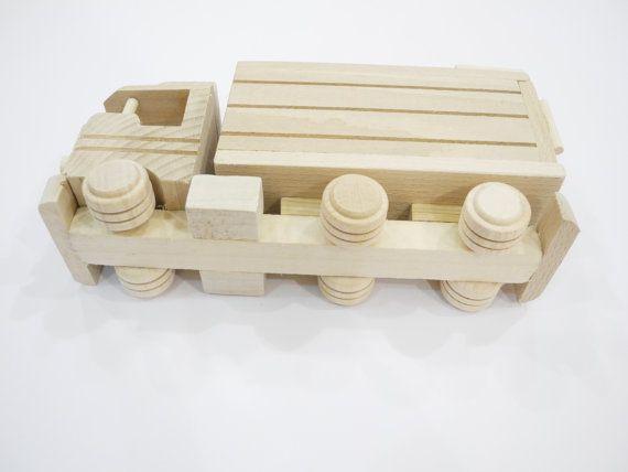 Moneybox.. .eco vriendelijke handgemaakt speelgoed voor door EcoToy