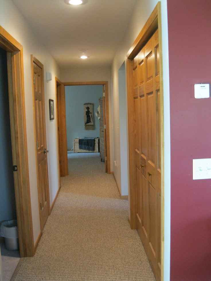 4 feet wide hallways and doors making it handicap for Wheelchair accessible doorways