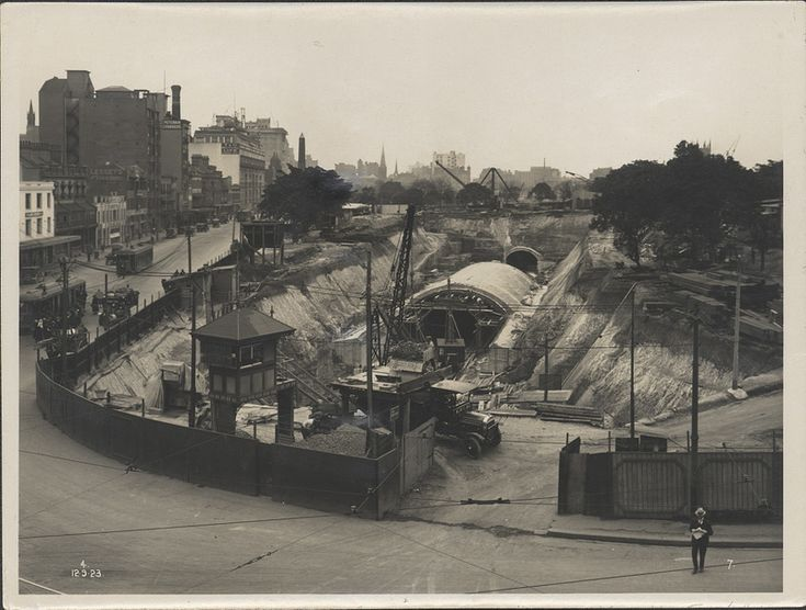 Construction of train tunnel Hyde Park, 1923 | Format: Photo… | Flickr