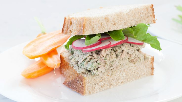 Sandwiches au thon citron-basilic