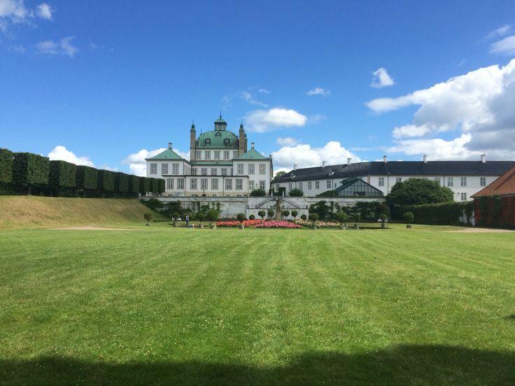 Fredensborgslot  ( Fredensborg Castle )